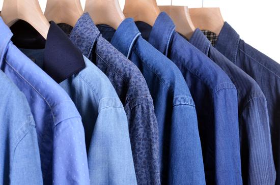 proviamo-ad-abbinare-la-camicia-di-jeans-L-ZmrSeC