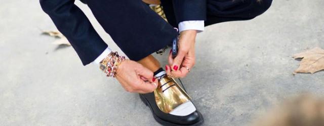 scarpe-celine-con-lacci-e-placca-color-oro-QL61-640x250